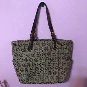 Michael Kors Bags - Classic Michael Kors Bag